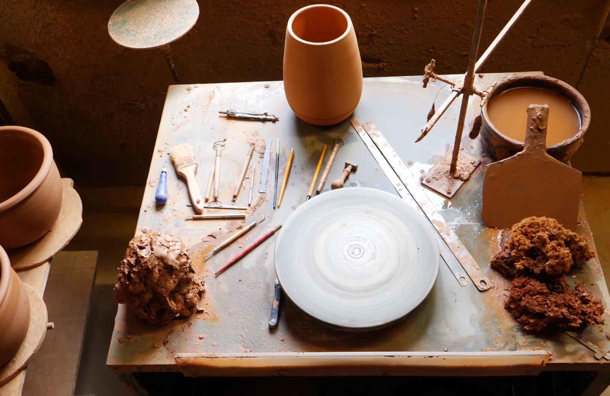 fabrication des poteries d'Albi dans l'atelier