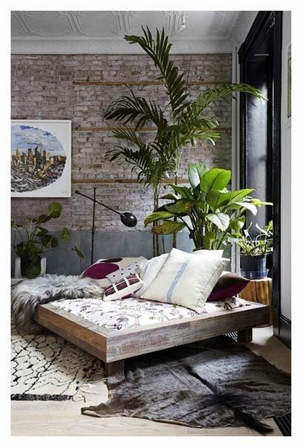 chambre à l'ambiance bohème et tropicale