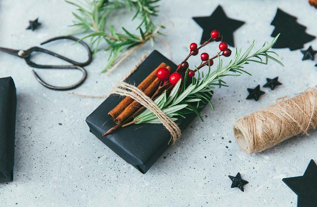 #DIY : 8 idées de paquets cadeaux à faire soi-même qui vont vous emballer