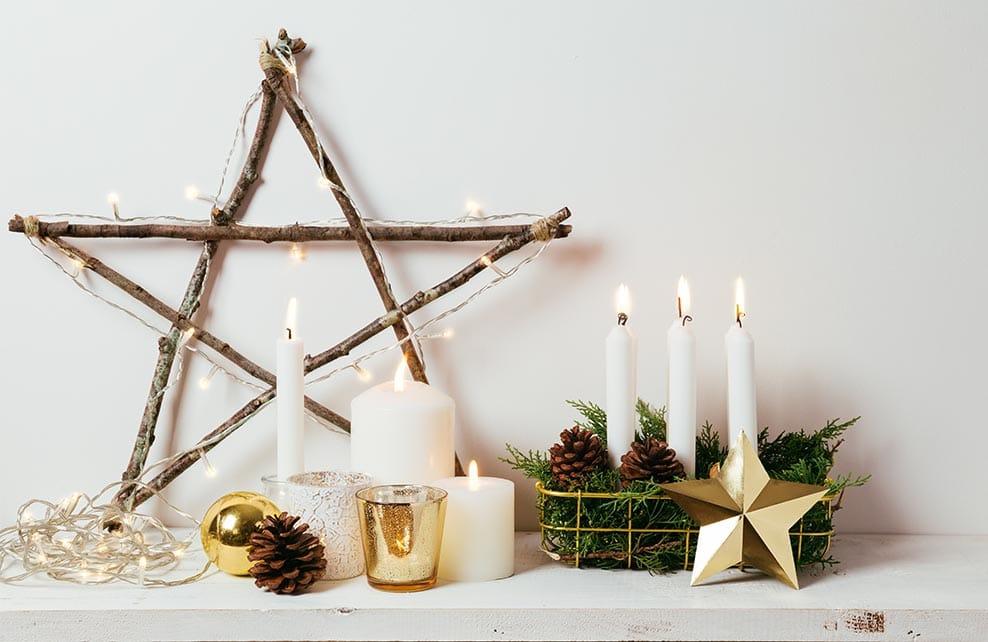 déco de noel avec bougies et étoile