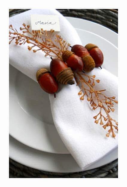 ronds de serviettes avec glands de chêne pour Noël