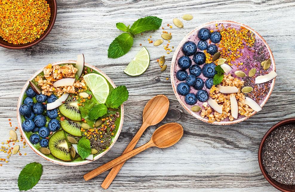 Fruit bowls avec du pollen