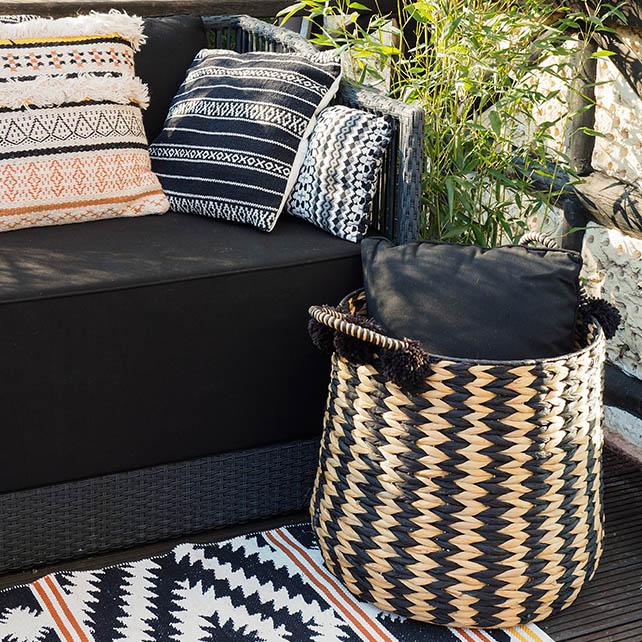 terrasse tapis canapé coussins