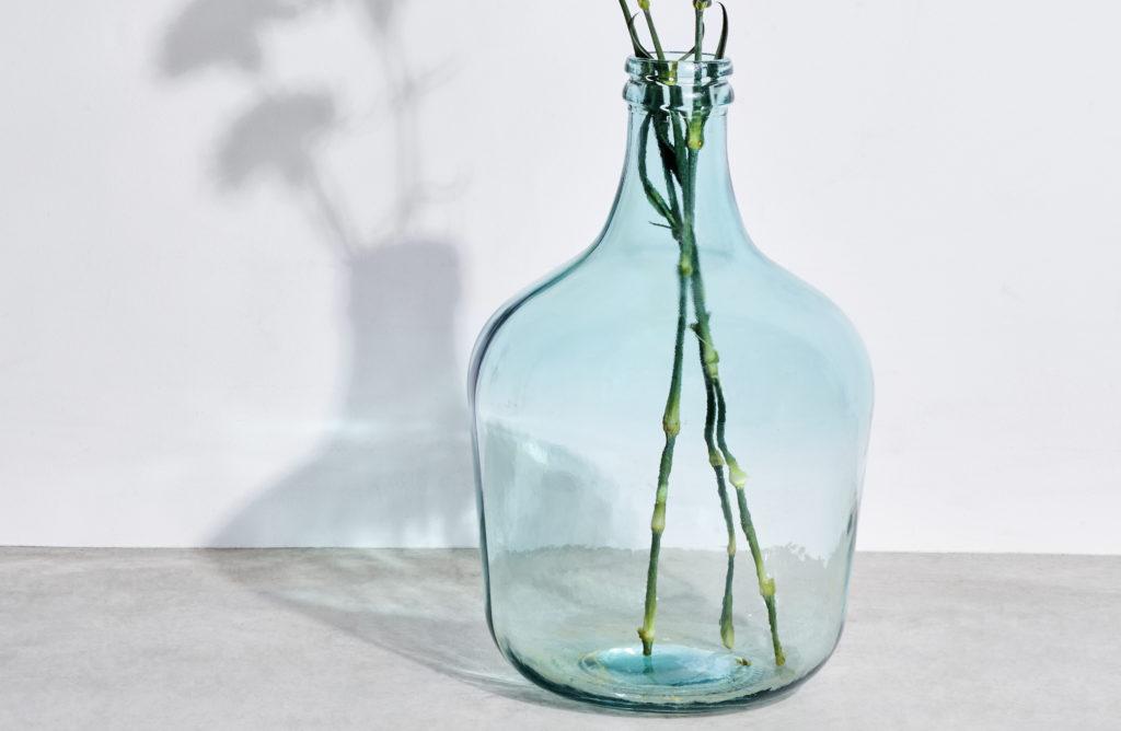 Quel vase pour rendre mon salon toujours plus stylé ?