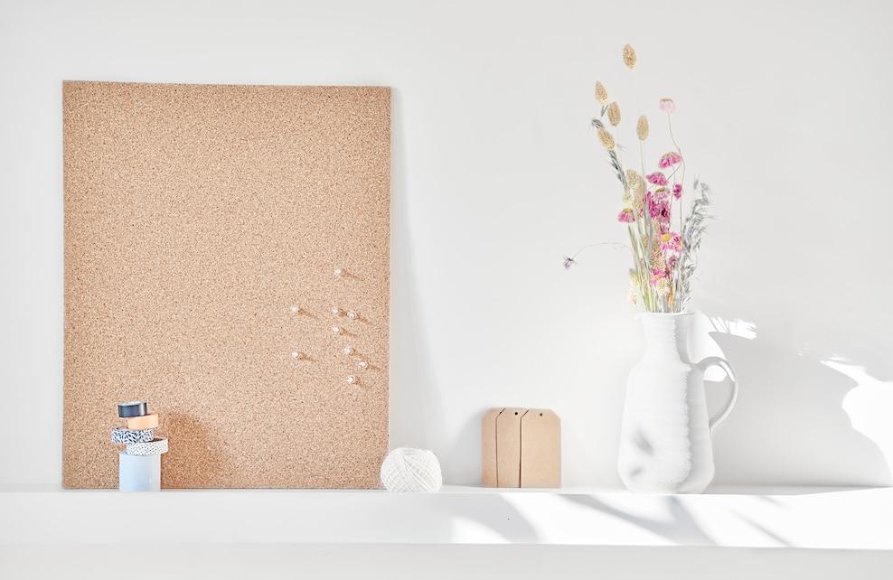 Matériel pour la fabrication d'un calendrier floral